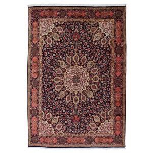 Tabriz, 238 x 344 cm.