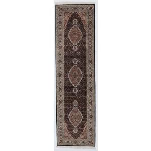 Tabriz Indi, 82 x 301 cm.