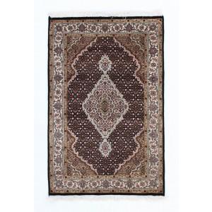 Tabriz Indi, 100 x 152 cm.