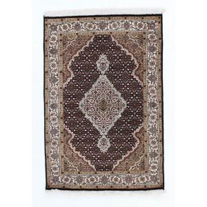 Tabriz Indi, 102 x 151 cm.