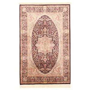 Ghom Silk, 100 x 156 cm.