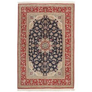 Isfahan, 160 x 241 cm.