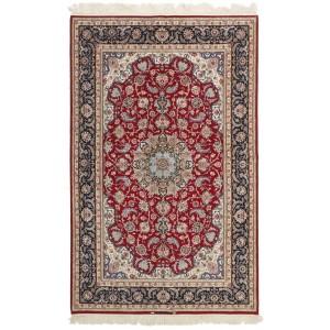 Isfahan, 155 x 244 cm.