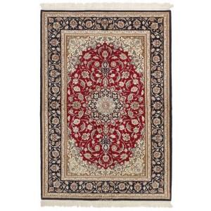 Isfahan, 131 x 194 cm.
